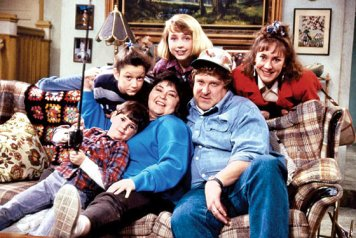 Roseanne Cast (TV) 1988 1st SeasonCredit: ABC/Courtesy Neal Peters Collection